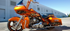 hero_1_tommy_orange_road_glide